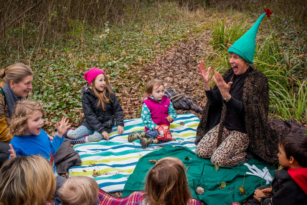 Sue Bailey Storytelling for a group of children on the Isle of Wight